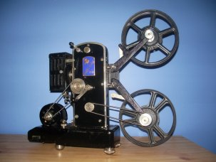 Pathe Coq d'Or 9.5mm Film Projector 1938