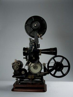 Projecteur Cinéma 9,5 mm Pathé Baby G2 de 1929 + Accessoires {JPEG}