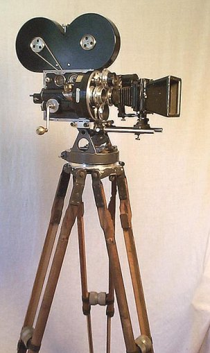The Bell & Howell 2709 Serial #152 {JPEG}